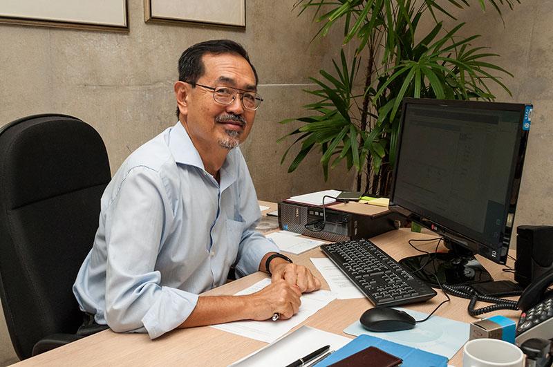 Professor Watanabe recebe condecoração japonesa A Ordem do Sol Nascente